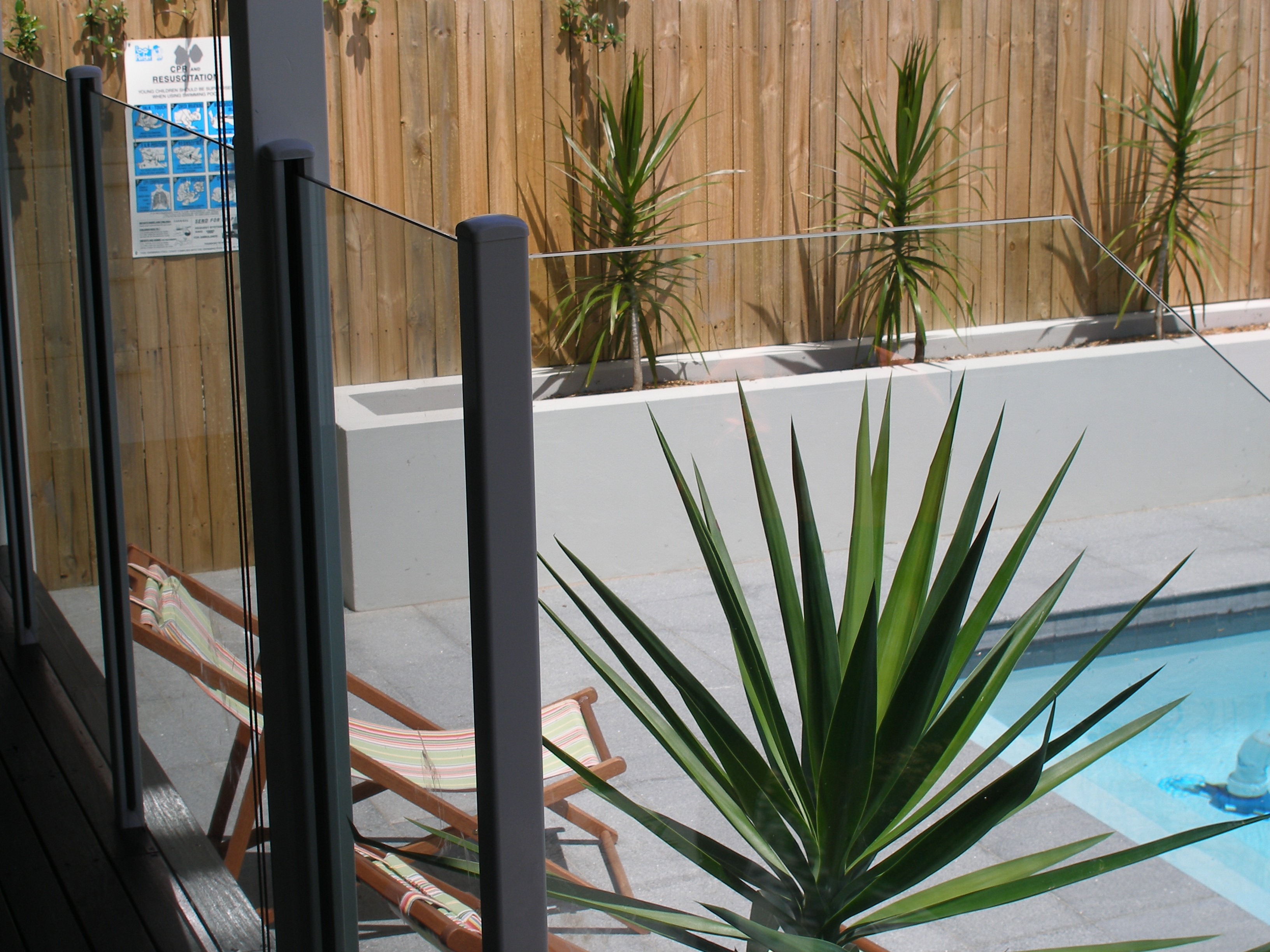 Pool Side Galss Fencing