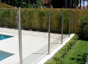 Glass: Semi Frameless